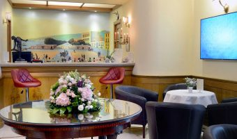 Bar du Grand Hotel Europa Naples, Italie