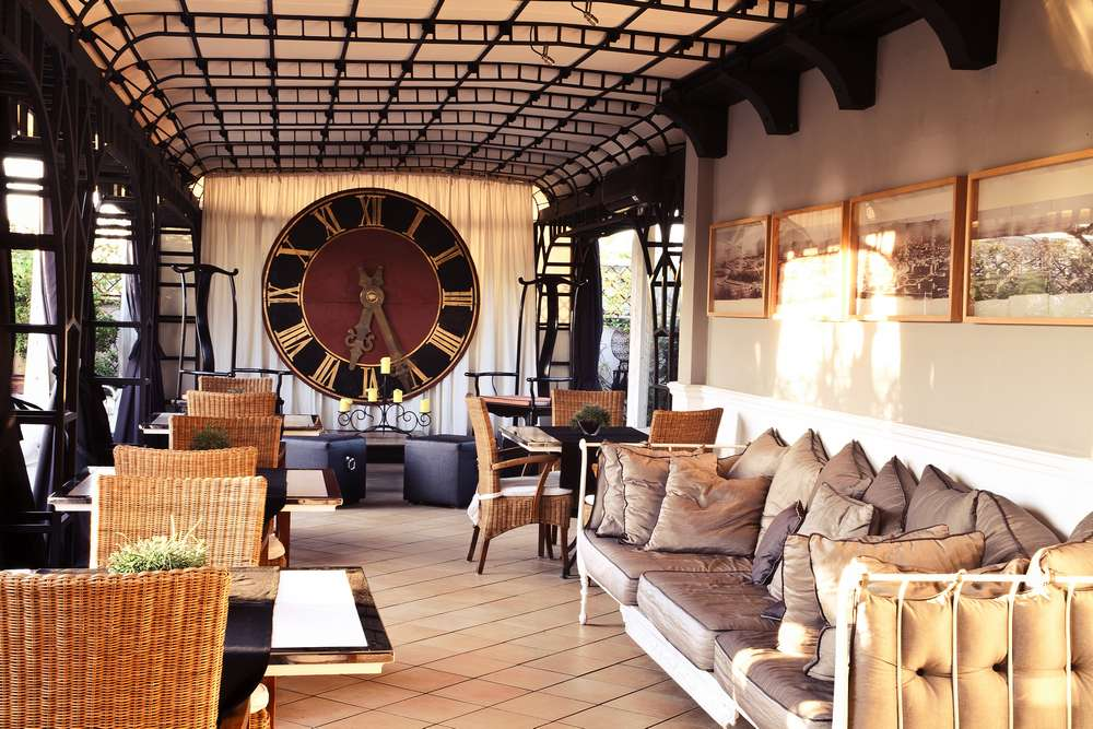 Hotel 4 etoiles avec terrasse panoramique Rome centre (salon lounge)
