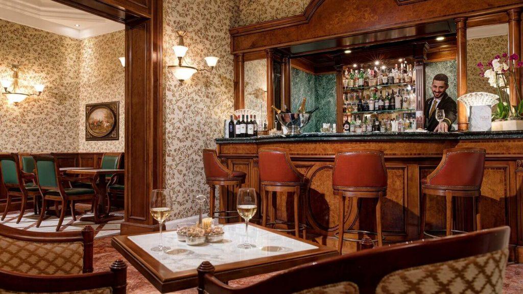 Bar du Montebello Splendid, hôtel de luxe Florence Italie