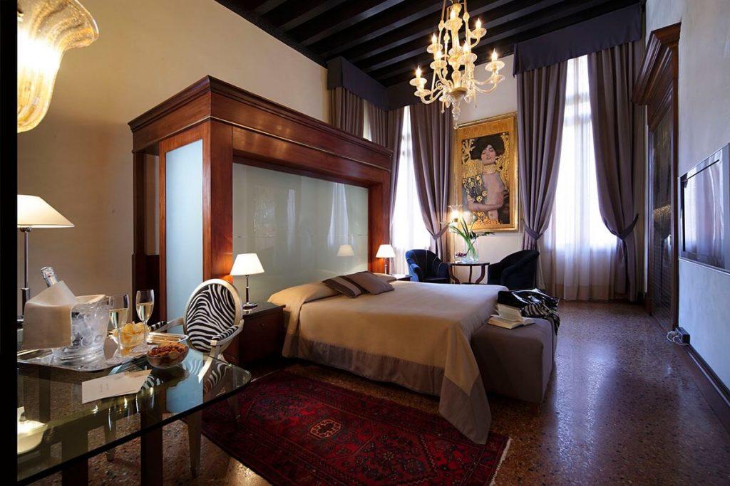 Suite romantique Liassidi Palace, boutique hotel Venise Italie