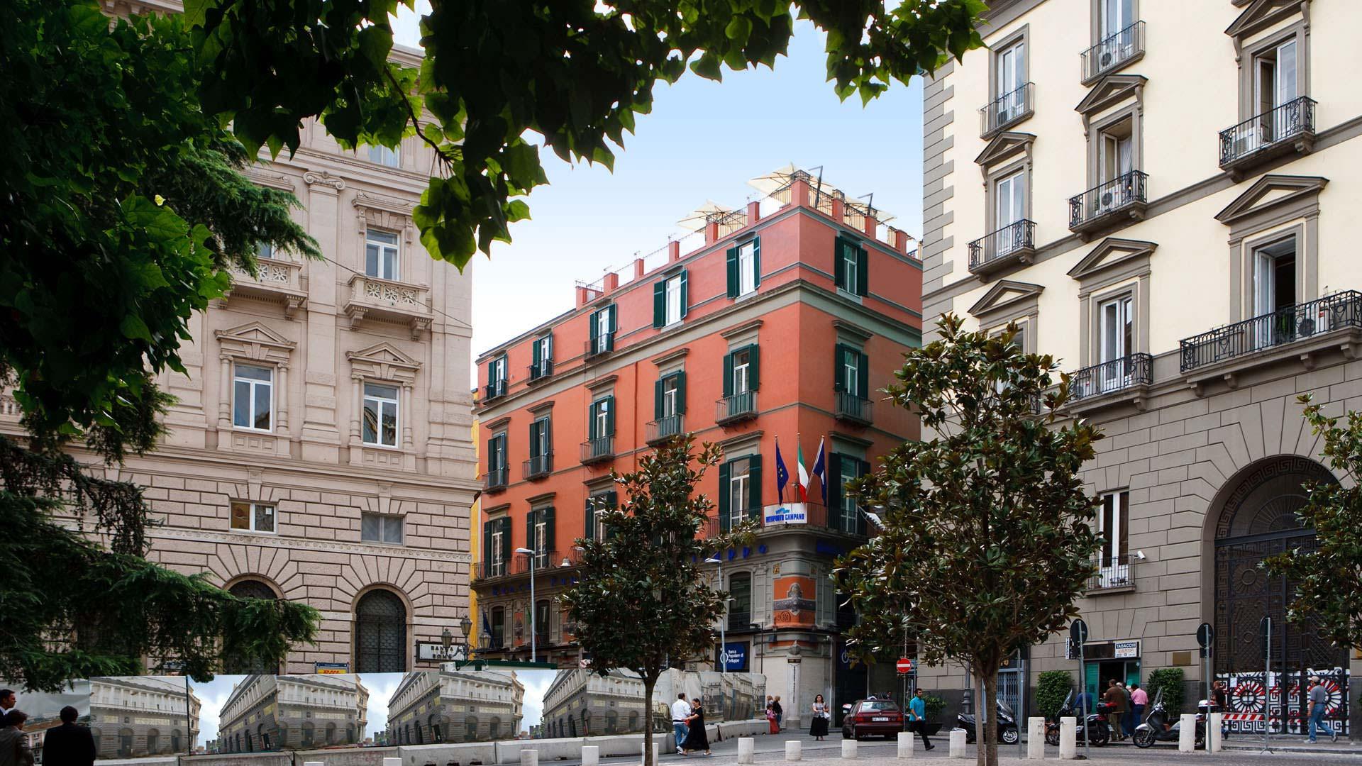 La Ciliegina Lifestyle Hotel Naples, vue de la piazza municipio